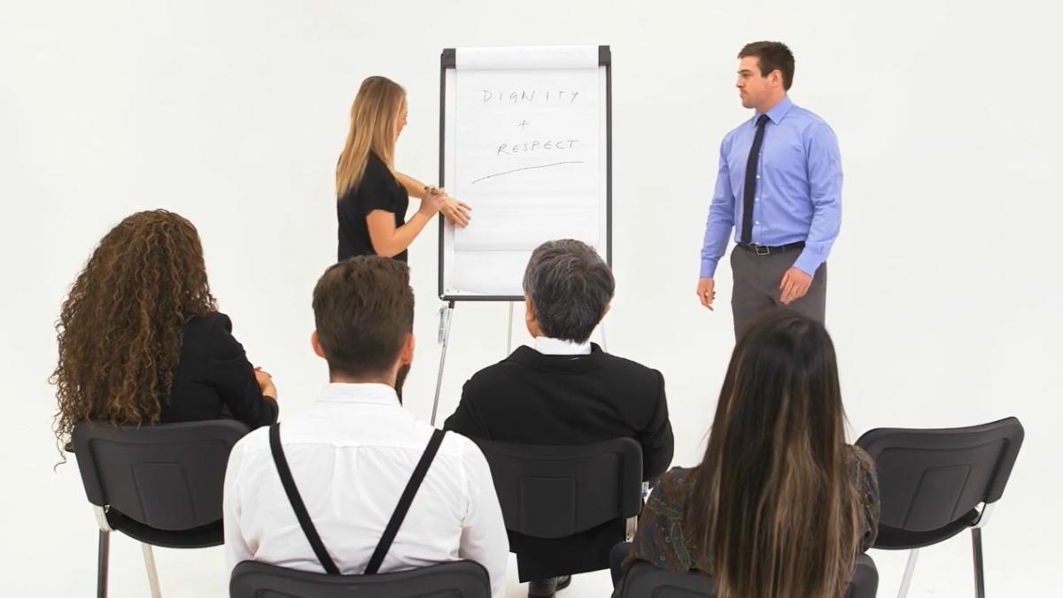 bullying and harassment training managers image iHASCO